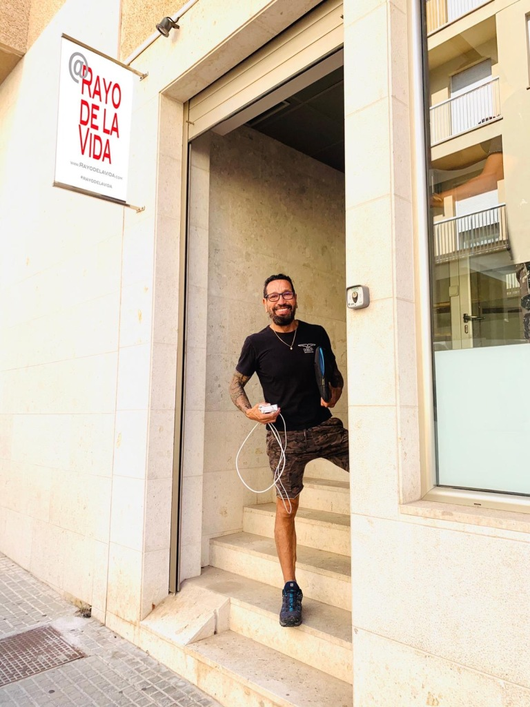 Alfonso Castano at the entrance to @Rayo ce la Vida in Palma de Mallorca
